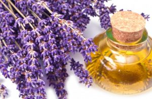 lavender-oil-2-natural-remedies